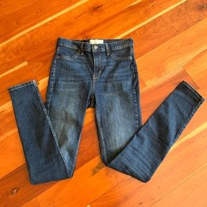 Free People High Rise Skinny Jeans (NWOT)